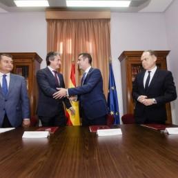 Almeria-alcalde-con-ministro-Fomento-Iñigo-de-la-Serna-4