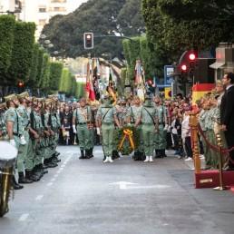 fuerzas armadas hizado bandera almería